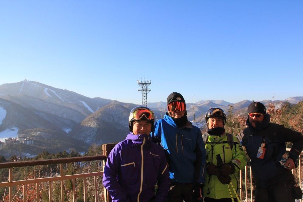 アルペンシアの山頂で、バックはドラゴンバレー