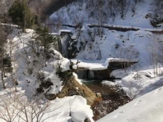 黒湯山、万座峠付近からの水が渋沢へと落ちる